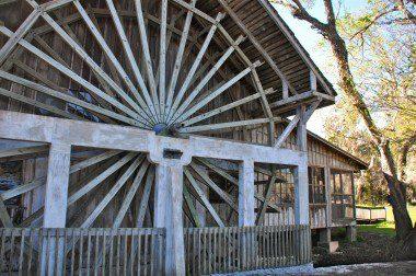 Old Spanish Sugar Mill Restaurant in DeLeon Springs State Park