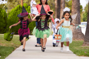 Your-Practical-Guide-to-Trick-or-Treating-Safety
