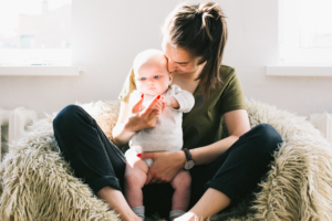 Your-Friend-Just-Had-a-Baby-A-Guide-to-Babies-for-the-Non-Mom