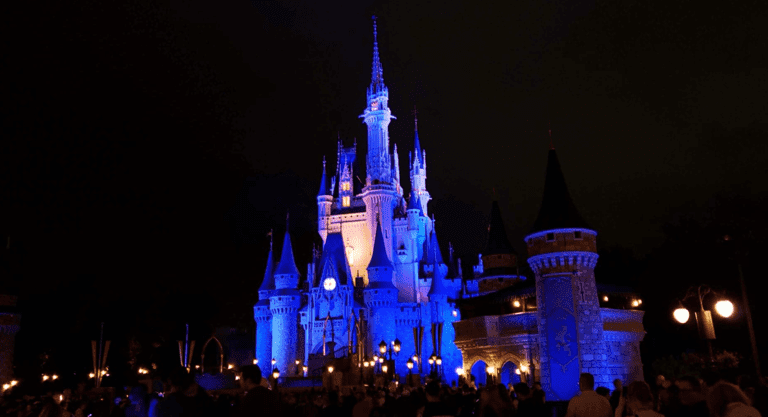 Holiday Fun for Out of Town Guests at Disney World and Universal Studios!
